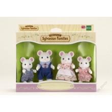 Rodina bílých myšek